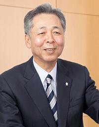 ソーラーフロンティア株式会社 代表取締役社長 亀田 繁明